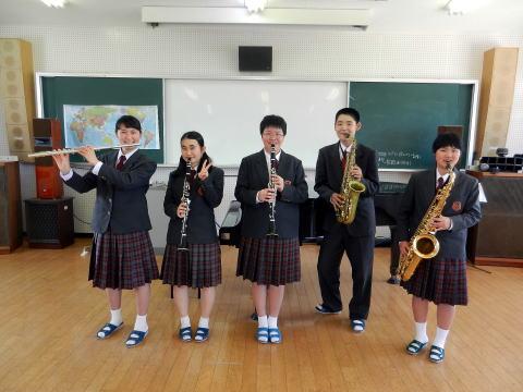 北松西高等学校制服画像